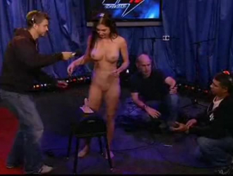 Sexy Videos  ينيك  بنته الاربع مترجم