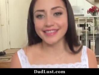 فيديو سكس اب يعتدي على بناتو جنسيا