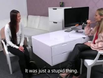 مقاطع قذف الإناث مترجم