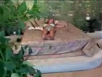 بريانا بانكس مص والداعر حتى تنفجر أثناء ضخها