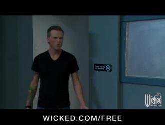 فيديو سكس رجل ينيك شاب لواط في زنزانه