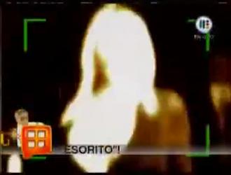 شقراء جميلة ، لورا شيري تمارس الجنس مع والدها السابق وتئن أثناء كومينغ