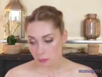 الأبرياء الروسية في الملابس الداخلية مارس الجنس من الخلف من قبل الوكيل لأول مرة على الإطلاق