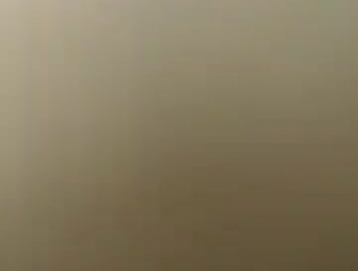 فاتنة السوداء مع شعر كس هو الحصول على جرعتها اليومية من اللعنة ويئن أثناء كومينغ