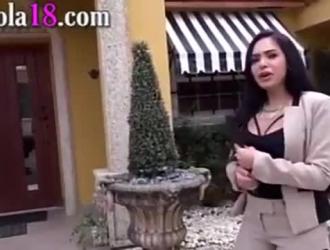 سيلينا روز تحصل مارس الجنس في فترة ما بعد الظهر ، لا تعرف عن الكاميرا الخفية