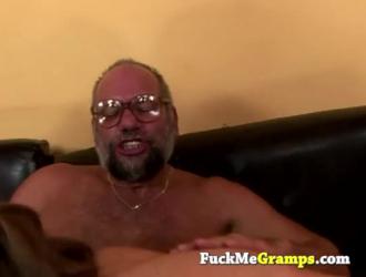 شاب يمارس الجنس مع فتاه سكسيه بكل هدوء