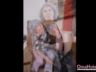 صور بنت بلياس بحر ع شط مع رجل