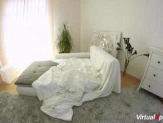 تتأوه أنجيل فيكي أثناء تعرضها لضغوط مزدوجة من الخلف ، في أماكن مختلفة ، في غرفتها بالفندق