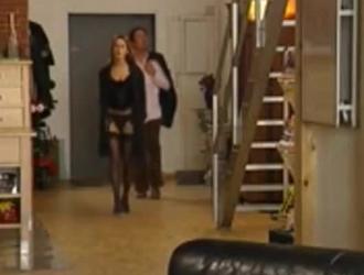 شقراء حسية سارة فانديلا وجودي تايلور يمارس الجنس مع الرجل واحدا تلو الآخر