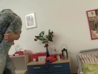 فيديوهات سكس بنات ١٢سنة  فض الغشاء