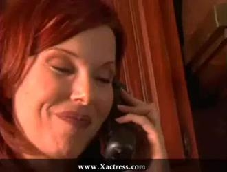امرأة سمراء سيئة ، جينا ساتيفا وعشيقها السابق المذهل يمارسان الجنس بالبخار في غرفة نومها
