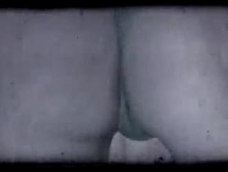 افلام سكس نيك محرم يقزف لبن في كس