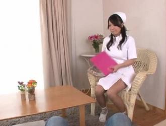 مفلس اليابانية في سن المراهقة يحصل خبطت بجد من قبل رجل يبلغ من العمر