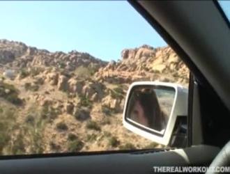 فيديو سكس فحل يفشخ شقرا