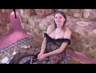 سكس فيديو فتح بنات وزنول الدم من الكس