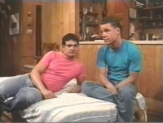 الشباب مثليون جنسيا مص الديك