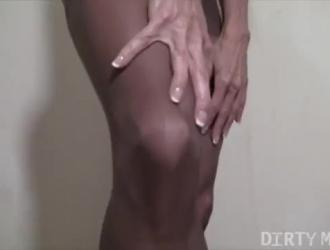 ناضجة أنثى وصبي مارس الجنس من الصعب
