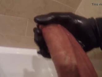 كرات سوداء كبيرة ناضجة