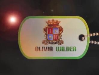 أوليفيا وايلدر تحصل على السائل المنوي في جميع أنحاء وجهها بينما تأخذ عصا لحم سوداء كبيرة وسيم