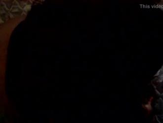 أربعة رجال أسود مقرفين على قمة فاتنة شقراء قرنية ويمارسون الجنس معها بشدة