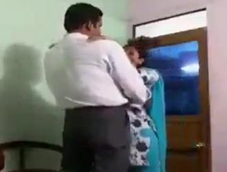 بوس ورضع ونيك هندي مباح مجاني