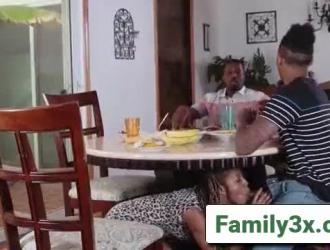 فديوهات سكس رومانسي مايا دياب الجديد