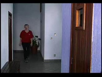 جيسي فان دير بوجتي زوجة لاتينا تلعب مع بوسها