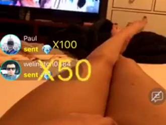 صديقة طويلة أرجل مارس الجنس في الحمار من قبل عشيقها.