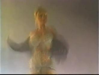 الراقصة ام ثدي كبير سكس